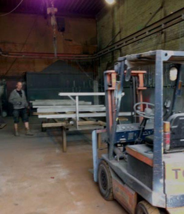 zandstraal cabine deventer vermadox vrachtwagens opleggers